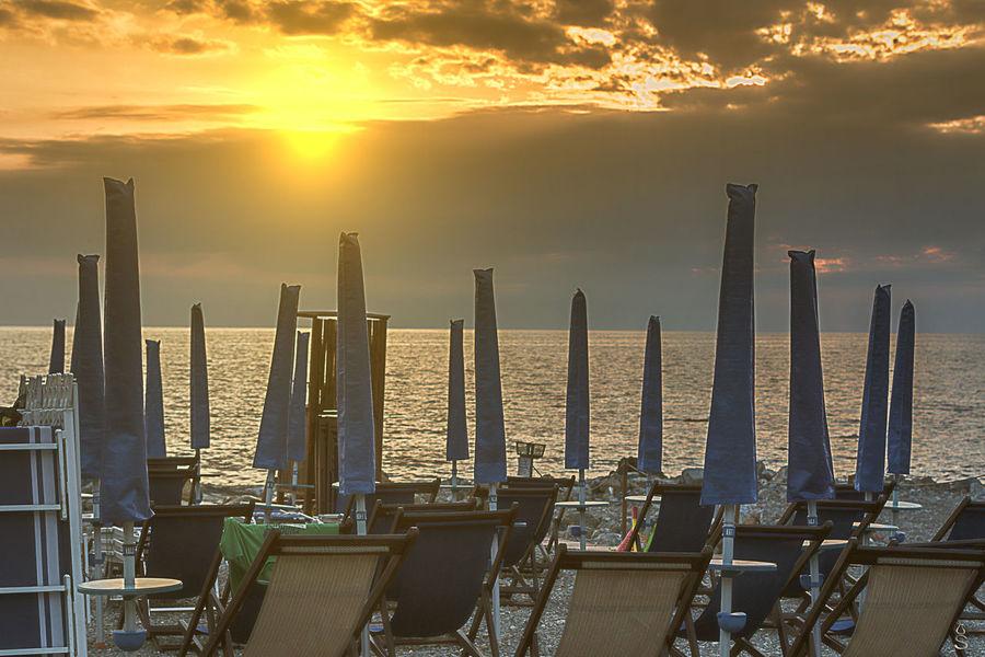 Livorno my love........my city.......life in Livorno....:-))).....fantastic!!! Canon EyeEm EyeEm Best Shots EyeEm Gallery EyeEmBestPics Leghorn Livorno Livorno Italien  Livorno Italy Livorno. Tuscany.sea Livornoè Livorno✌✌ Sun Sunset Sunset #sun #clouds #skylovers #sky #nature #beautifulinnature #naturalbeauty #photography #landscape Sunset_collection Tramonti Tramonti__italiani Tramonti_italiani Tramonto Tramonto #bellissimo Tramonto;sole;cielo Tramontosulmare Tramonto♡ Tranquility