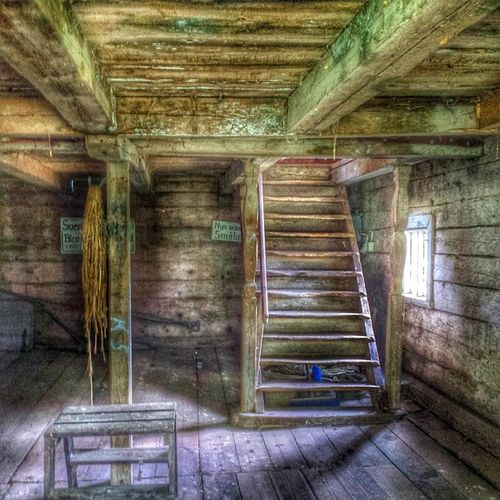 Oldbarn Gammallada Gammal Old lada barn blekinge sverige sweden stair trappa light window fönster internationalpictures
