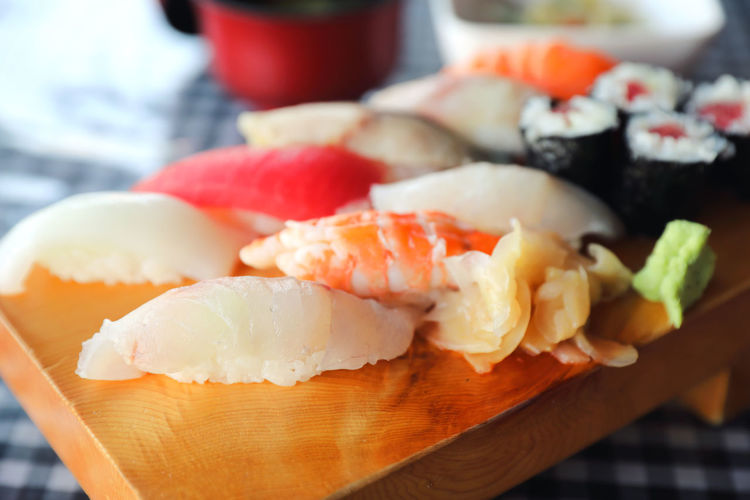 Food And Drink Food Freshness Healthy Eating Wellbeing Seafood Close-up Ready-to-eat Still Life Sushi Japanese Food Asian Food Rice Table No People Indoors  Serving Size Focus On Foreground Selective Focus Temptation Tray