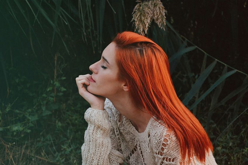 AgentOrange Long Hair Beauty Outdoors Nature Tranquility Goodvibes Naturelovers Mountain Goodvibrations Portrait Hairstyle Tranquility Bohemian Beauty In Nature Wanderlust Campvibes Colorful Ginger Redhead Frekles Peace Happiness Young Women Beautiful
