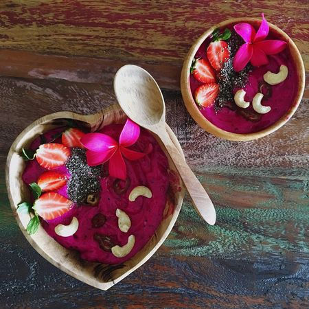 Smoothie Bowl Smoothiebowl Smoothie Nicecream Wooden Spoon No People EatTheRainbow Freshness Healthy Eating Raw Breakfast Dragonfruit Pitahaya Banana Raw Food Vegan Frühstück Bowl High Angle View Close-up