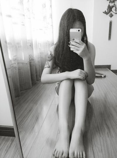 That's Me Today's Hot Look Black And White 晚安 People
