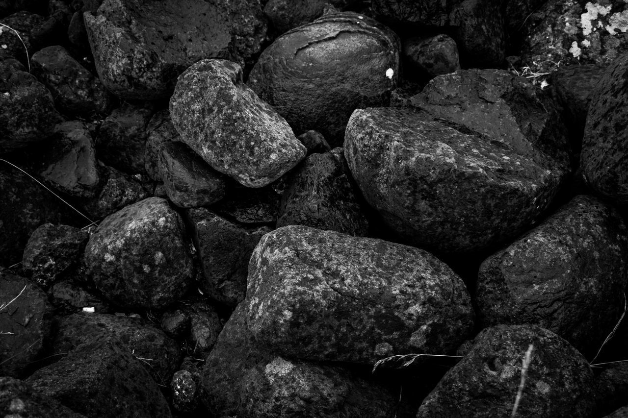 full frame, backgrounds, rock, textured, large group of objects, no people, solid, rock - object, stone - object, close-up, food, food and drink, freshness, still life, rough, nature, abundance, day, wellbeing, detail, pebble