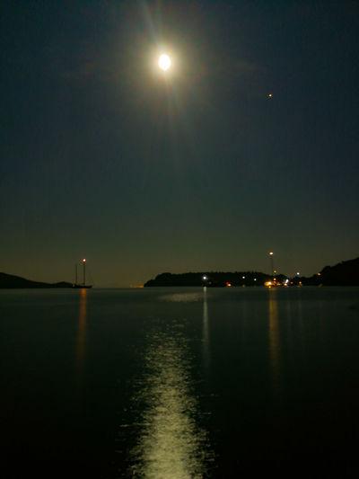 Astronomy Water Illuminated Moon Sea Reflection Sky Horizon Over Water Full Moon Moonlight