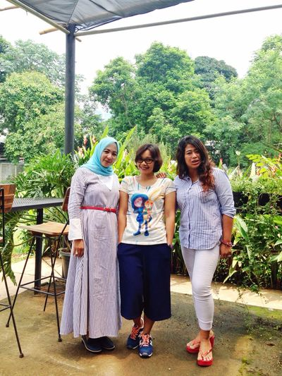With Gatri & Moni. At Caswell's Ampera Raya. Forever Friends - ITag Coffee Time With Friend By ITag Coffee Time With Friends Mobile Upload-Me & Friends