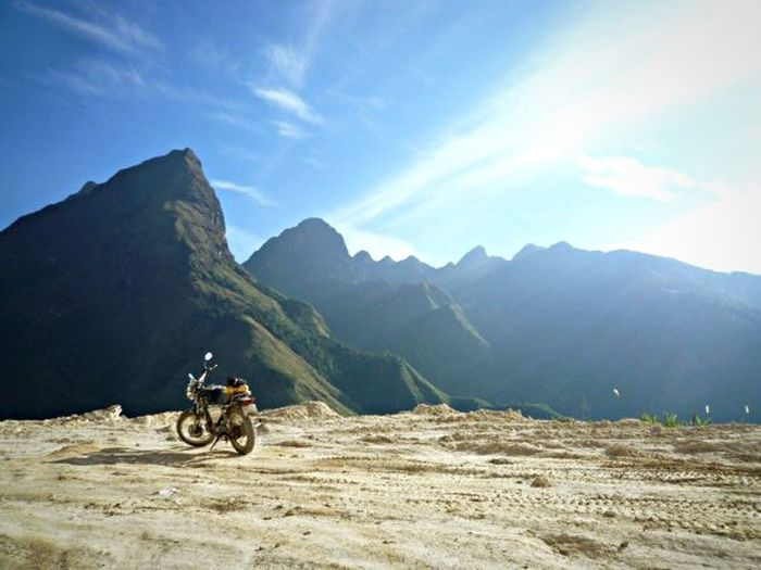 Edge Of The World Vietnam Wanderlust Traveling Motorcycles Honda This Is My Time This Is My Paradise