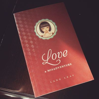 Thank you @mmyarielle for helping me wrap my book. Hihi Langleav