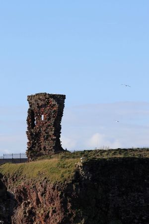 Ruins Precarious Old Buildings Remains Dunbar East Lothian Blue Sky Sunny Afternoon Sunshine
