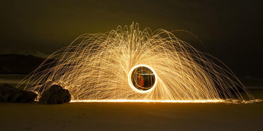 Long exposure with Steel wool Illuminated Lana De Acero Larga Exposicion Long Exposure Motion Nature Night Outdoors Sky Steel Wool Steel Wool Photography Wire Wool Wool Be. Ready.