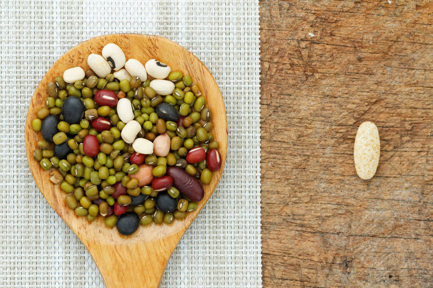 Blackeyepeas Close-up Comparison D Energy Food Freshness Grain Healthy Eating Multi Colored Mung Bean No People Nutritious Organic Overhead View Part Of Pill Protein Red Bean Replacement Serving Size Still Life Sunset Supplement Tablet