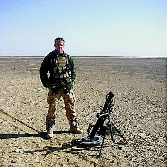 Stand Out From The Crowd Check This Out Out Of Place In The Desert Army Thats My Mate 💕 Proud Of Our Troops