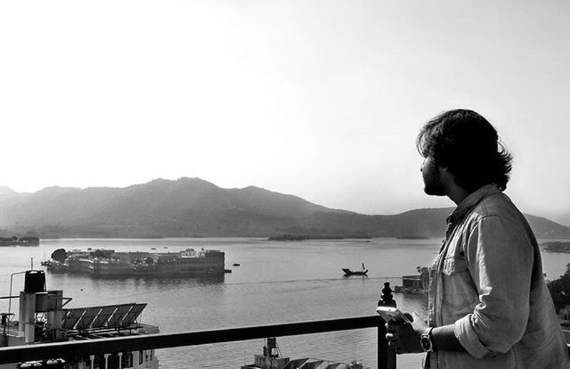 """Look beyond what you see."" -Rafiki Udaipur Grecohouse Sunset Coldday_n_coldplay LongTime  Indiapictures"