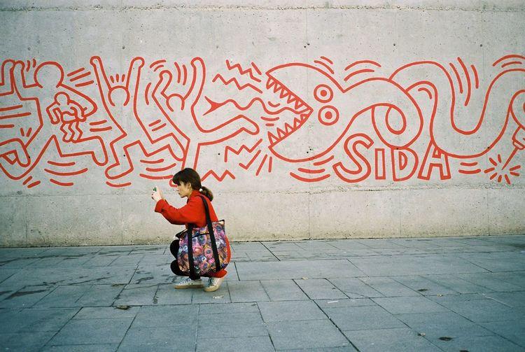 35mm Film Film Kodak Portra Barcelona Taking Photos Streetphotography Cheese! Grafitti People Watching Enjoying Life