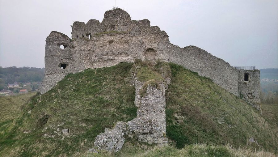 Castle Midle