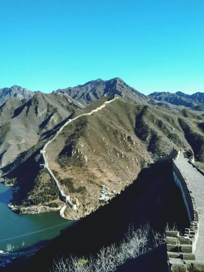 Mountain Scenics Landscape Physical Geography Clear Sky Outdoors Great Wall Of China The Places I've Been And The Things I've Seen Autumn 2016 November2016 How Is The Weather Today? Sky Travel Destinations Travel Around The World China Photos China Great Wall In Beijing, China To Play Nice Mountains Blue Sky Great Wall China