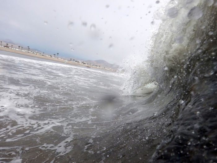 Playa Las Gramas shortbreak. Breaking Grama Hitting Motion Nature Ola Outdoors Power In Nature Water Waterfront Wave EyeEmNewHere