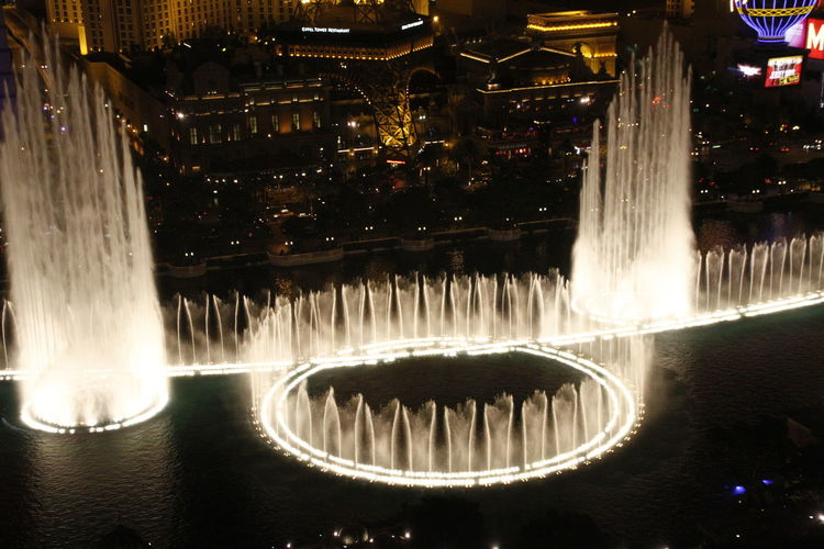 Bellagio Fountains in Las Vegas,NV America American Bellagio Bellagio Fountains Canon EOS 7D Mark II City Life Fountain_collection Fountains Getty Getty & Eyeem Getty Images Getty X EyeEm Gettyimages Hello World Illuminated Las Vegas Las Vegas ♥ Night USA USAtrip Water Reflections
