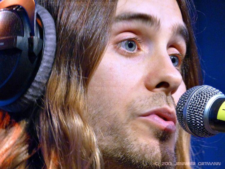 Jared Leto on his Unplugged Concert in Hamburg 2013. Just 50 people in the audience and my brother and me were standing in the front row. It was awesome. Stars Rockstars Rockstar 30 Seconds To Mars Lovelustfaith+dreams LoveLustFaithDreamsTour