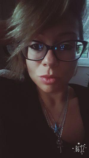 Tired!!! Eyeglasses  Goodvibes Colors EyeEm Illbeok Uglygirl  Happytimes Style ✌ Love♥ Helloworld Today's Hot Look Young Women Portrait EyeEm Gallery Lifestyles Thatsme ❤️ Smile ✌ Fitmom ThatsMe Turkey Looking At Camera Beauty OpenEdit HappyMood