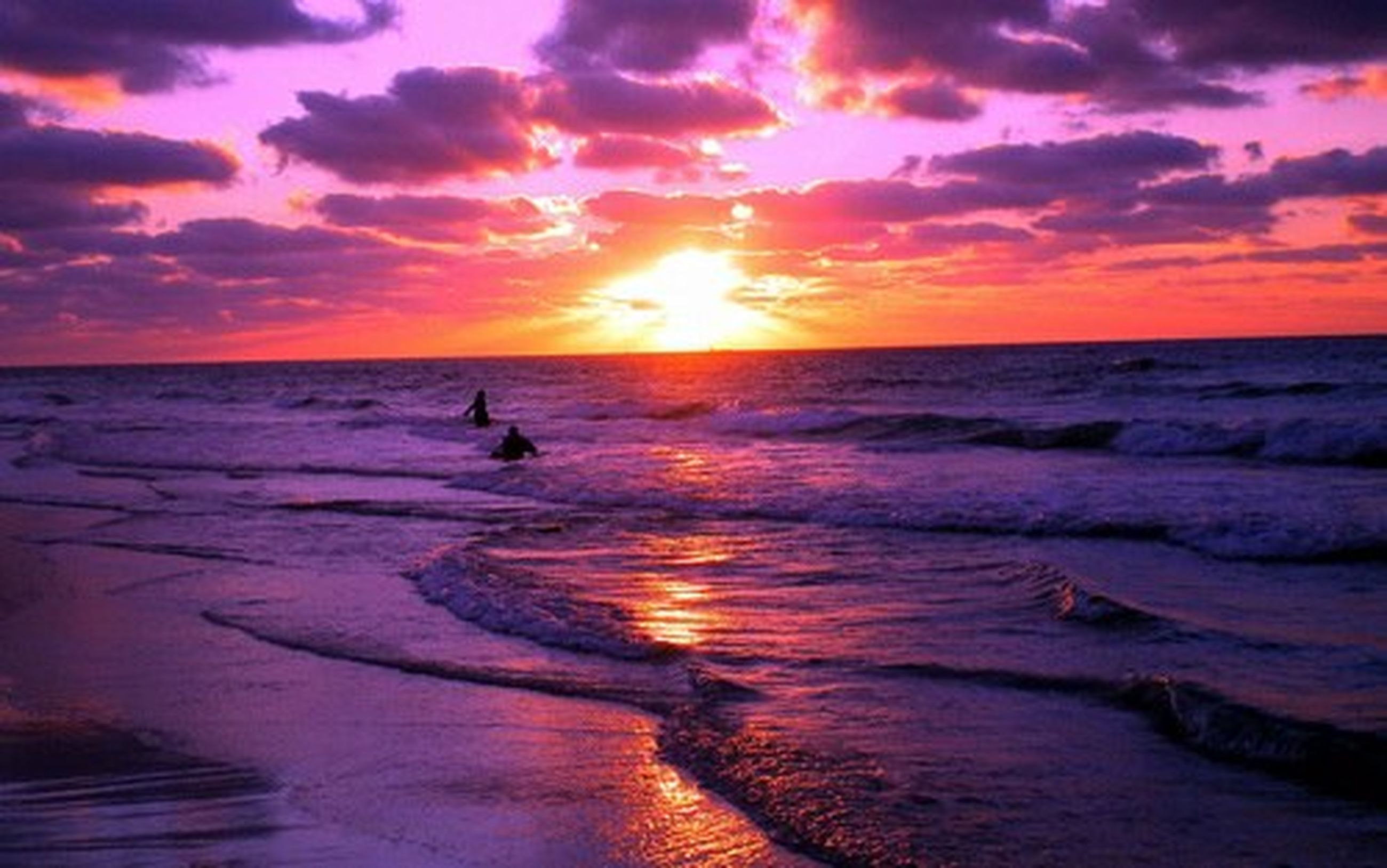 sunset, sea, water, horizon over water, scenics, sky, orange color, beauty in nature, tranquil scene, beach, tranquility, sun, idyllic, nature, reflection, cloud - sky, shore, wave, dramatic sky, cloud