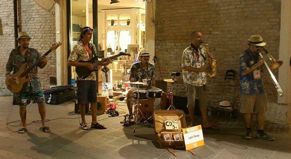 Musicians Live Music Music Ferrarabynight Ferrara Buskers Festival Buskersfestival Buskers Ferrara Buskers Festival 2015