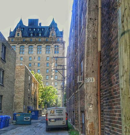 Morning run through urban jungle. Fort Garry Hotel. Run Running Fort Garry Hotel Winnipeg Urban Jungle HDR