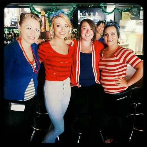 Fourth of July Waitresses ! Patriotic Bar Lovelyladies