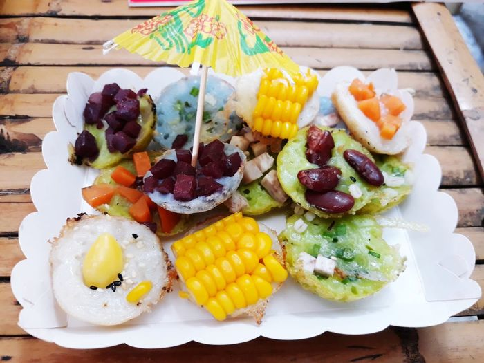 Fruit SLICE Grape Variation Multi Colored Plate Close-up Food And Drink Starfruit Skewer Kebab Char-grilled Grilled Chicken Greek Food Grilled Feta Cheese Greek Culture Pineapple Greek Salad Passion Fruit Black Olive Fruit Salad Kiwi - Fruit Tropical Fruit Salami Barbecue Grill Barbecue Pita Bread Mango Fruit Coal
