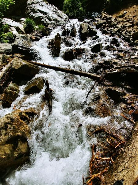 Water High Angle View Day Reflection Outdoors Nature No People Full Frame Beauty In Nature Close-up Green Color Motion WasatchFront Wasatch Mountains Forest Hiking Trail Hikingadventures Tranquil Scene Rocks And Water Rocky