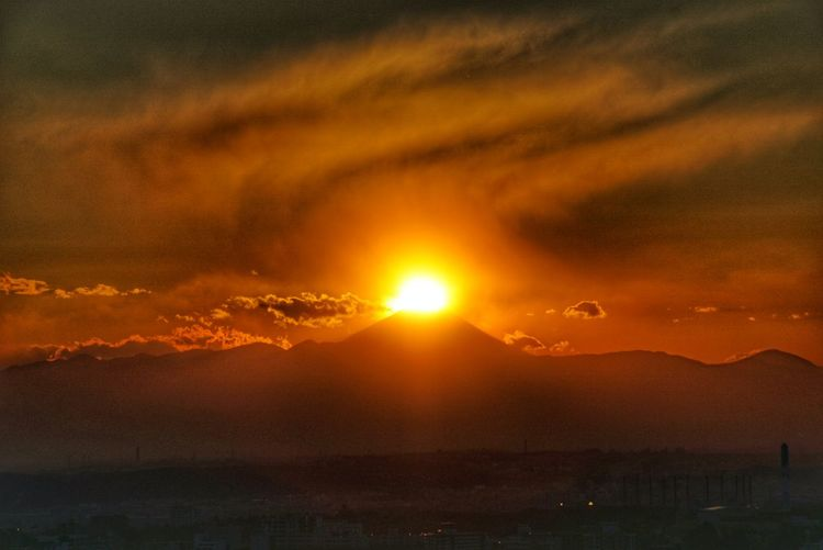 Diamond Fuji EyeEm Best Shots EyeEm Nature Lover Eye Em Nature Lover Astronomy Mountain Sunset Science Sun Dawn Weather Dramatic Sky Orange Color Environment