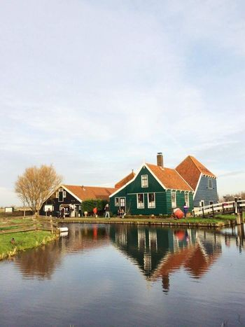 Reflections Holland Water Reflections Colours Original Experiences Feel The Journey Cottage Life Reflection Reflection_collection Reflections In The Water Reflections Reflection Photography Reflections In Water Water Waterfront Water_collection Water Reflection Cottage Cottages House Houses