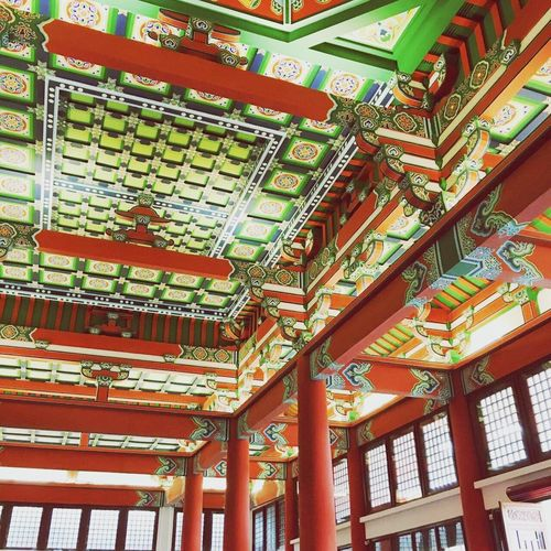 Low Angle View Architecture Built Structure Ceiling Design Architectural Feature In A Row Place Of Worship Culture Red Repetition Collection City Life Museum muse