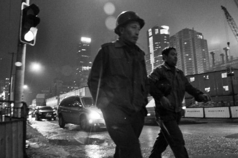 Blackandwhite China City Life Lifestyles Nikon Real People Shanghai Street Streetphotography Workers