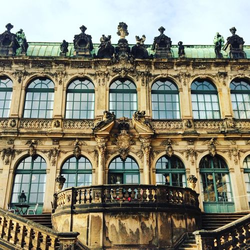 I totally fall in love with this city! Hope to spend more time there Architecture City Dresden / Germany 🇩🇪Germany