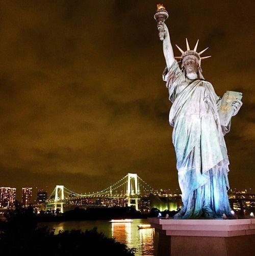 JapanLife Bayview Tokyobay Statue Of Liberty Tokyo,Japan Odaiba Tokyo