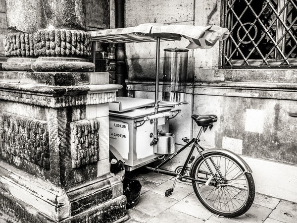 Hidden Transportation Bicycle Architecture Mode Of Transportation Day No People Ice Cream Bw Bw_collection BW_photography Abondoned Abondoned Vehicles