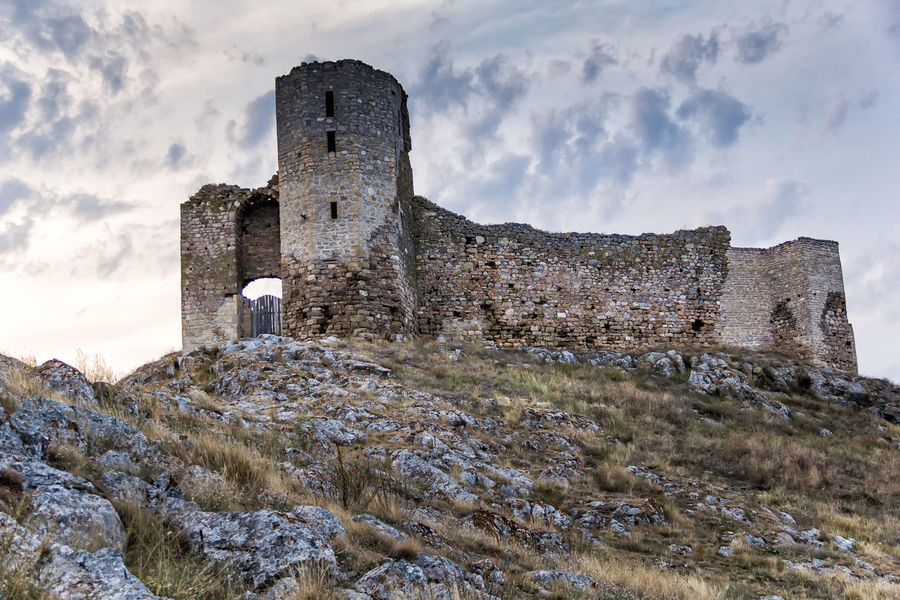 Castle Wall Ancient Ancient Civilization Architecture Built Structure Castle Citadel Cloud - Sky Europe Fortress Heritage Historic History Landmark Medieval Nature Old Ruin Outdoors Rocks Stone Stronghold Tourism Tower Travel Destinations