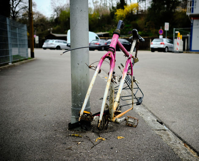 Bicycle on street in city