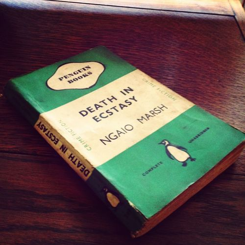 I love getting post! Especially if it is a vintage green Penguin! Happy me...