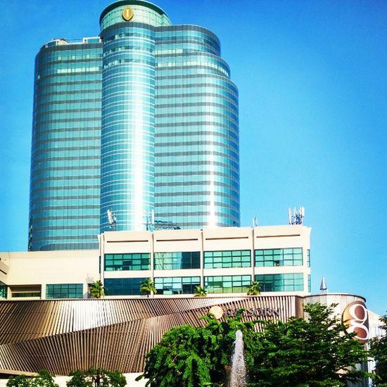 Gaysorn plaza Rachaprasong Shoppingstreet Bangkok Thailand Xiaomi Mi4 Building Skycraper Igoftheday