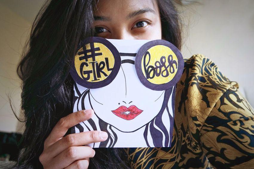 Paint The Town Yellow Women Humor Ladyboss Girlboss Boss Selfie ✌ Fun Girl Power The Week On EyeEm