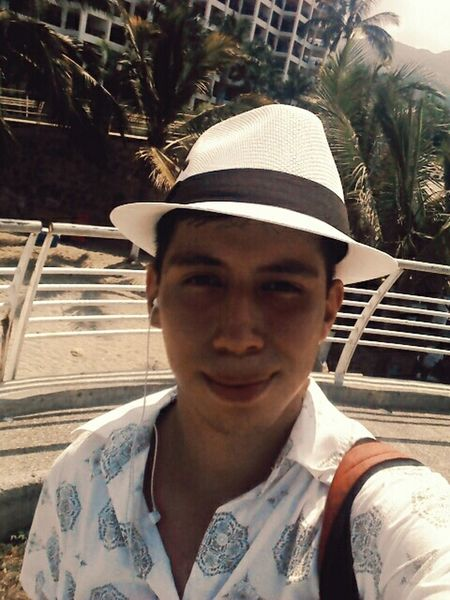 Beach Relaxing Taking Photos Hi! That's Me Enjoying Life Hello World Boy Me! Hi!⚓⚓🚢🌊🌊🏄