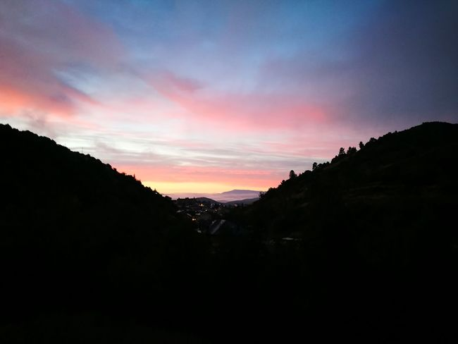 Camino Camino De Santiago CaminodeSantiago Caminofrances Huawei Huawei P9 Leica HuaweiP9 Huaweiphotography Nature Nature Nofilter Outdoors Sky SPAIN Sun Sunrise
