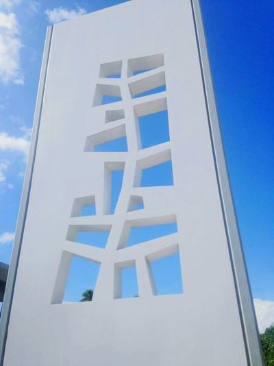 Low Angle View Outdoors Architecture Blue Hawaii Pearl Harbor Memorial Sky