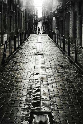 Street Urbanphotography Urban Landscape Walking Around B&w Photography Black And White