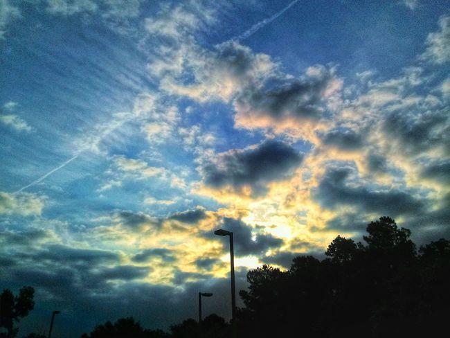 A random sky morning. Sunrise Cloudporn Cloud And Sky Sky Porn