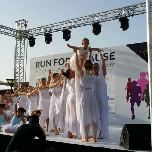 Uae,abudhabi Etihadairways Annual 3rd Charity Event Run For A Cause Children Ballet Show 17th April 2015