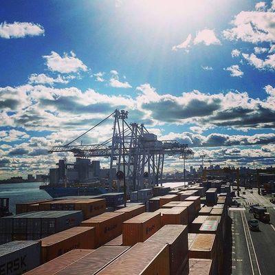 Journée superbe sur les quais du PortMTL Débardeurs local375 Container Maersk racine montreal_gallery