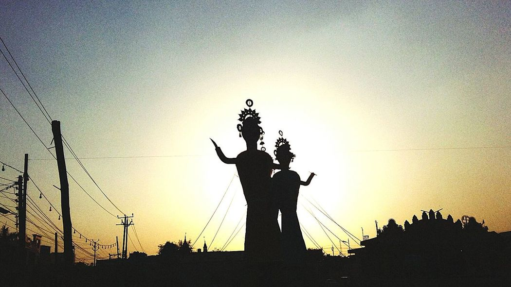 Got a bit late to upload, this was a month back when I tried to capture the statues of Ravan,Meghnath and Kumbhkaran during dusshera...Sunset Sky Outdoors Statue No People Statues Shadows & Lights Sharp Grainy Effect Randomshot FarOff Ramlila Dusshera2016
