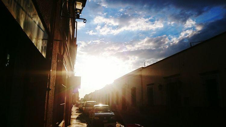 Tan calles de Queretaro,Mexico Depaseo The Moment - 2015 EyeEm Awards The Street Photographer - 2015 EyeEm Awards Sky And Clouds Clouds And Sky Sunshine Nubes Y Cielo Cielo Y Nubes  Cielo Callesdemexico